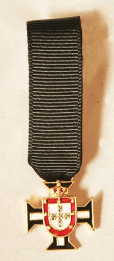 Honor Guard of the Portuguese Royal house miniature medal